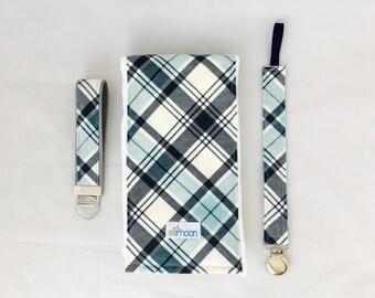 Boutique Burp Cloth: Rad Plaid