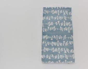 Boutique Burp Cloth: Kite Tails