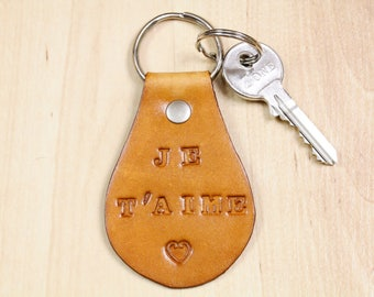 Je T'aime Keychain, Leather Keychain, Boyfriend Gift, Romantic Couples Gift, Je Taime Leather Key Fob, 3rd Leather Anniversary Gift Keyring
