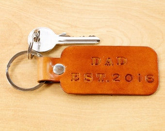 Personalized Dad Keychain, Leather Keychain, Unique Birthday Gift For Dad, New Dad Gift, Daddy Key Fob, Established Year Dad Est Keyring