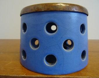 Fine studio ceramic warmer Ceramic ceramic warmer 50s 60s signed