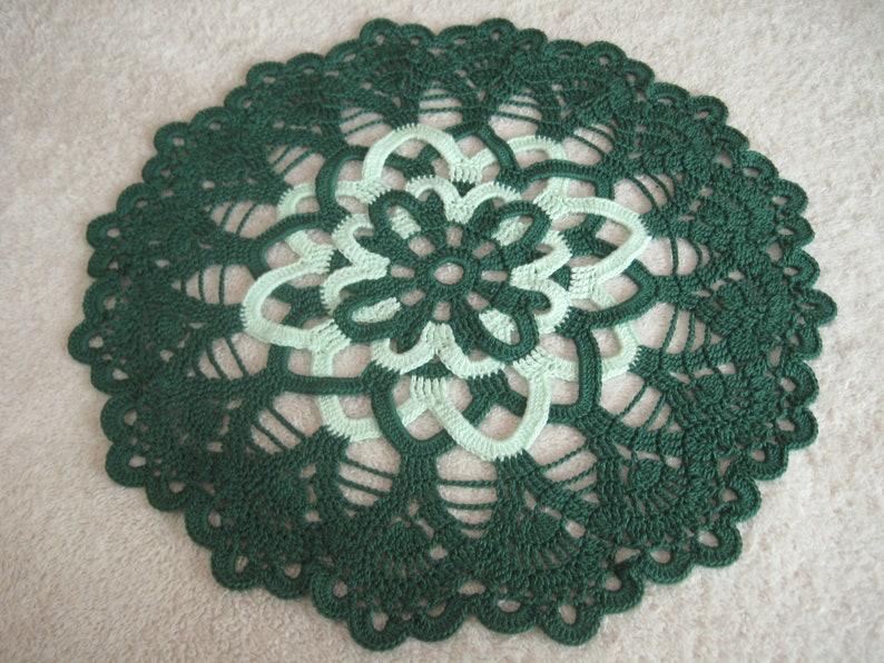 11 Dark and Light Green Wheel Doily