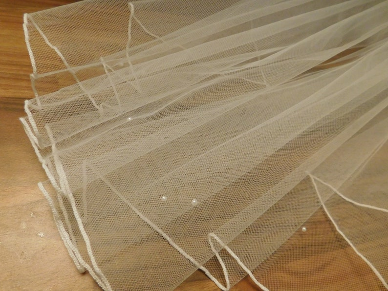 Bridal Veil 1 tier Wedding veil SHIMMERY WHITE Pencil edge Veil.Available in Shoulder 23inches to Cathedral 108 Inch Length
