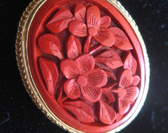 Vintage Chinese Red Cinnabar Brooch in Gold Plated wired Rim
