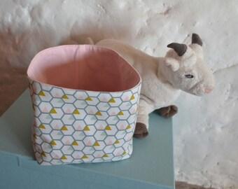 Small cloth storage basket