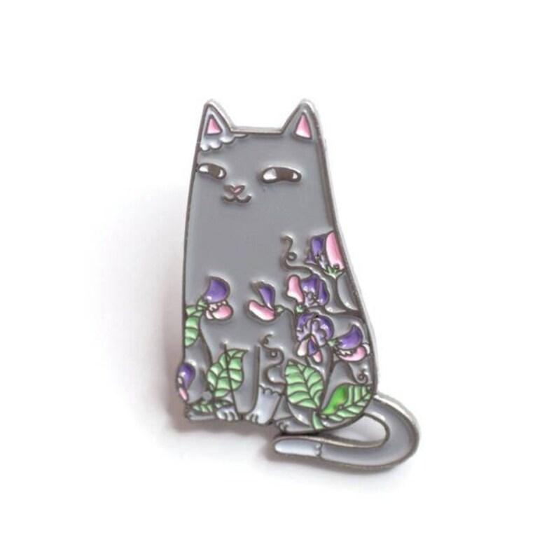 Sweet Pea Cat Enamel Pin image 0
