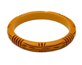 Vintage Bakelite Bangle, Butterscotch Yellow, Deep Carving, Deeply Carved, Tribal