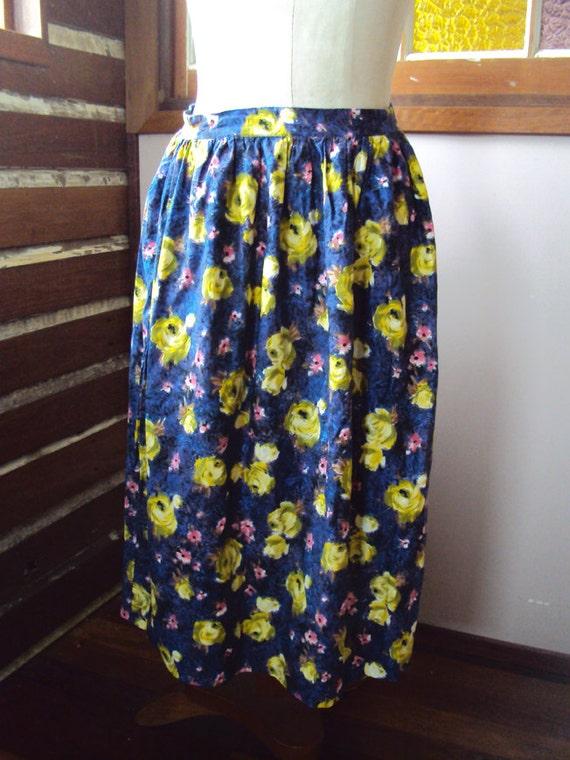 Vintage cotton skirt, size 12, vintage floral skir