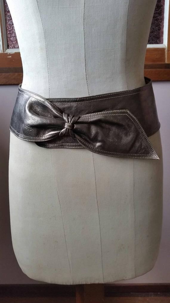 Vintage eighties Carlo bronze  leather statement s
