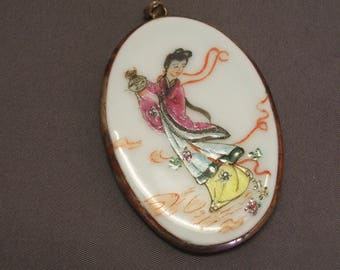 Ming Dynasty Chinese Porcelain Shard Pendant Sterling SIlver Frame Hand Painted 20th Century