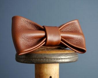 Leather Bow Tie Dark Tan Brown, Rustic Weddings, Groomsmen, Dickie Bow, Hipster