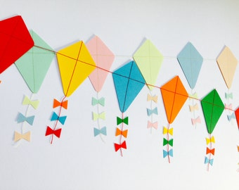 Let's Go Fly a Kite Paper Kite Garland