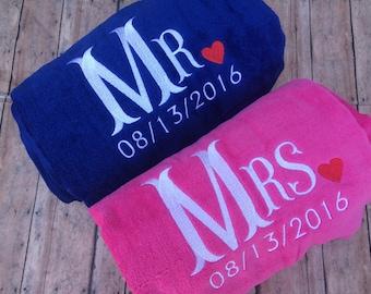 Mr Mrs Beach Towel Set, Mr and mrs, Wedding gift, beach towels, towels, wedding towels, beach wedding, destination wedding gift, engagement