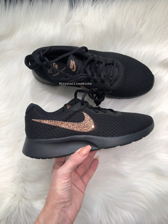 NIKE Women's Tanjun Made with SWAROVSKI® Crystals - Black/Rose Gold