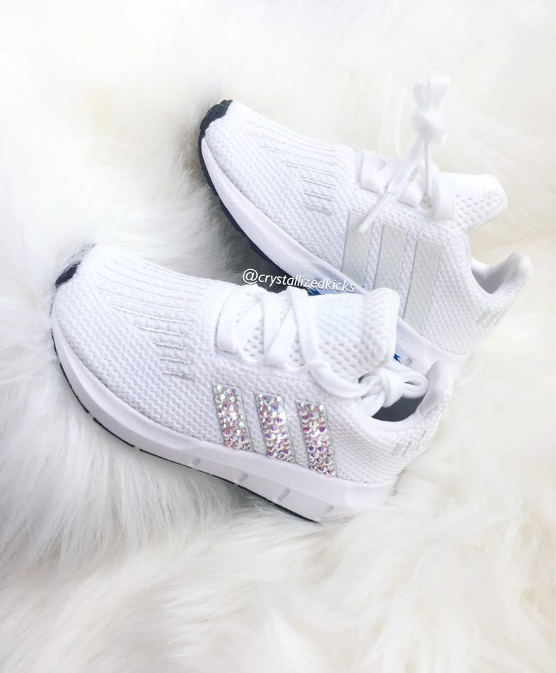 WomenYouth Adidas Swift Run Made with SWAROVSKI® Xirius Rose Crystals WhiteWhite