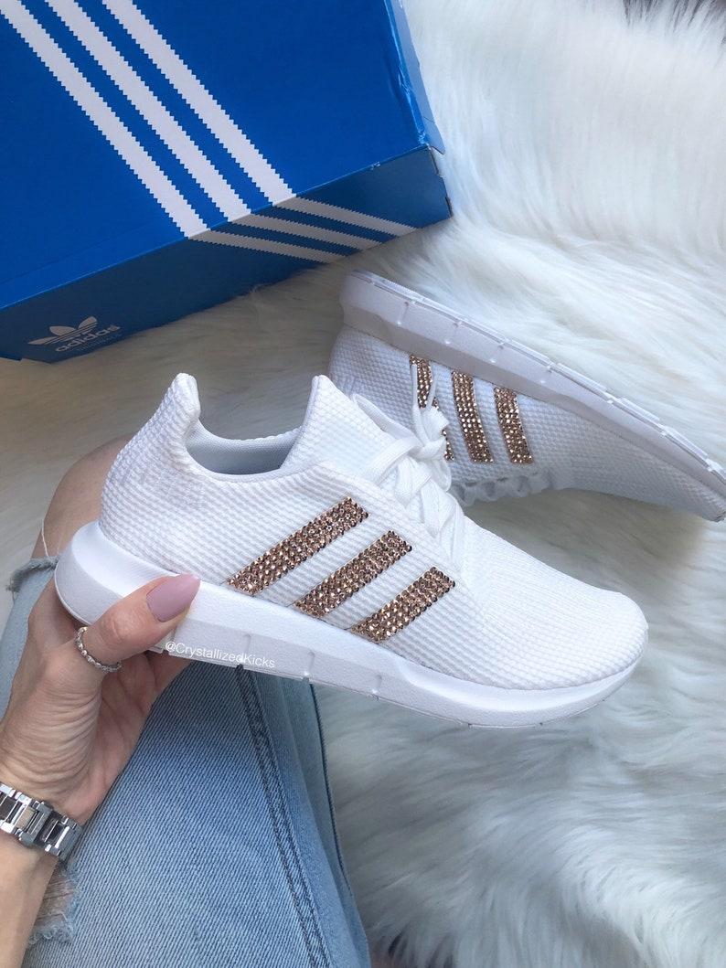 d2db09e8b14c8 Swarovski Adidas Swift Run Women White Made with SWAROVSKI® Xirius Rose  Crystals - White/Rose Gold