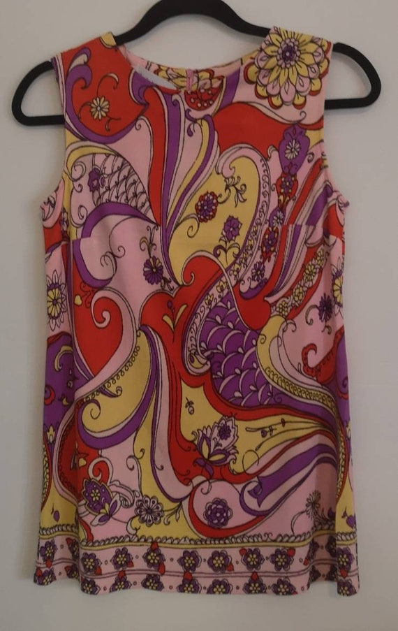 60s Psychedelic Print Sleevless long top.