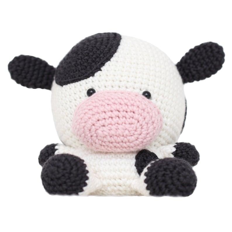 Daisy the Cow Amigurumi Pattern image 0
