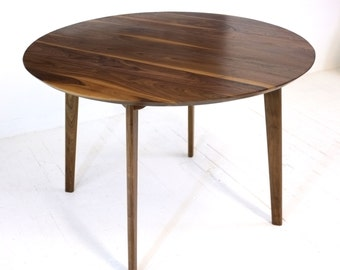 341ccbb53235 Small dining table