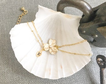 Personalized freshwater pearl dangle A-200 Gold double flower initial leaf necklace