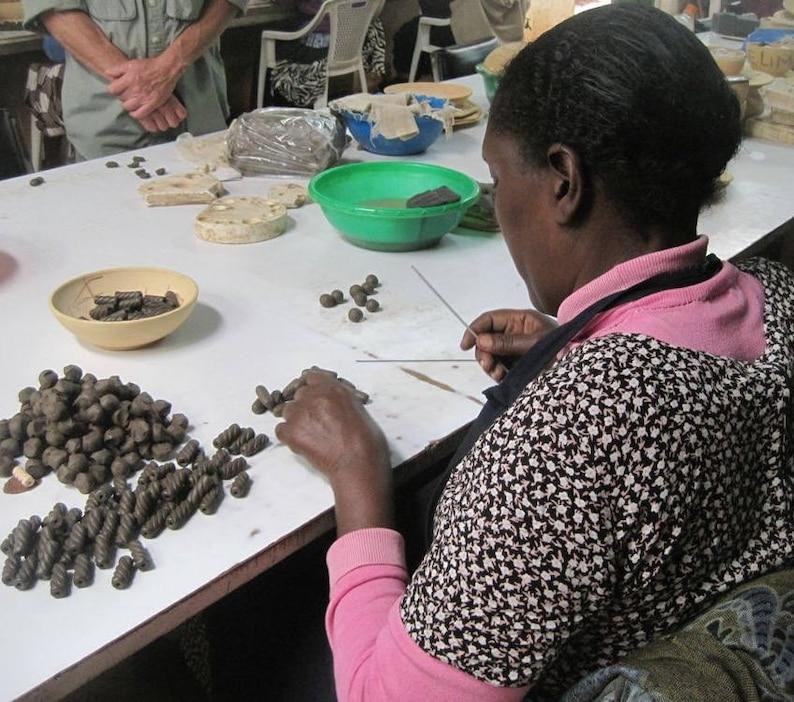 LOVE elephant gift elephant bracelet non-profit Fair Trade Kazuri bead bracelet Kazuri beads green African jewelry Kazuri jewelry
