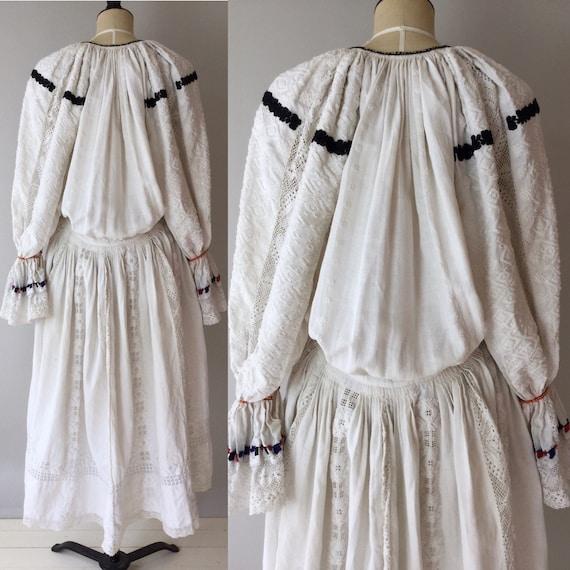 Antique Hungarian Folk Dress, Size M-L, Antique Fo