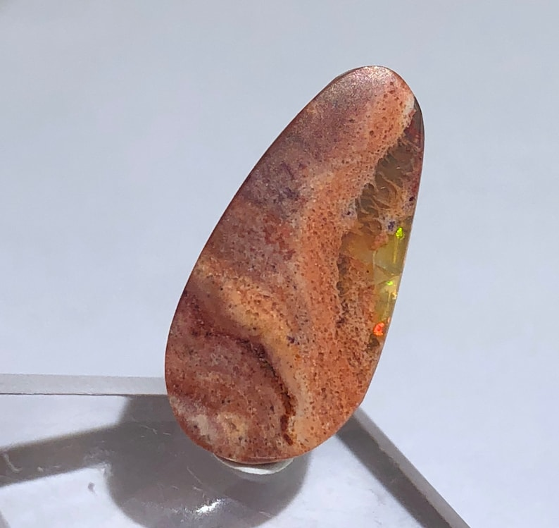 Mexico Item:O18645 Top Quality 3.8ct Polished Fire Jelly Opal Crystal Cabochon Perfect for Jewelry