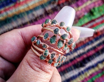 Raw Emerald and Copper Electroformed Ring. Emerald stacker ring. 5 stone ring. Healing Metal Jewelry.