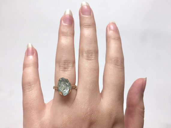 10k Yellow Gold Green Aquamarine Clear Raw Rough Gem Solitaire Ring with Natural Coral Texture Band