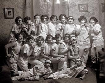 VINTAGE SLUMBER PARTY 1920s Flappers Women Printable Ephemera Prohibition Roaring Twenties Antique Photograph Digital Download 300dpi Jpeg