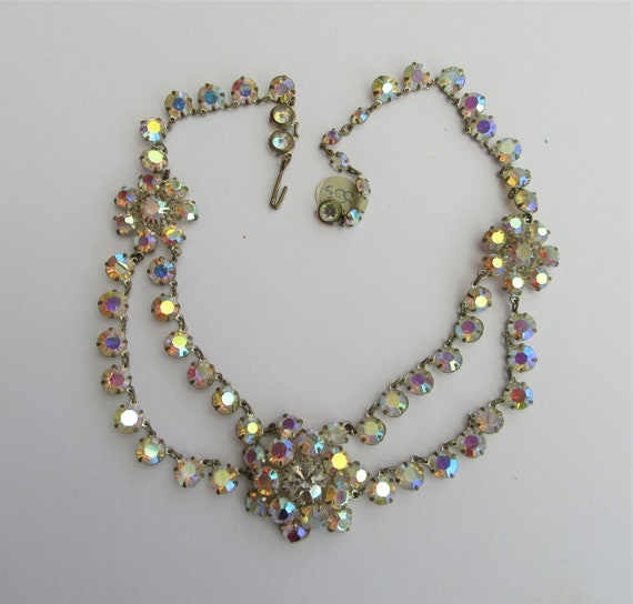 1950s Vintage Aurora Borealis Festoon Glass Neckla