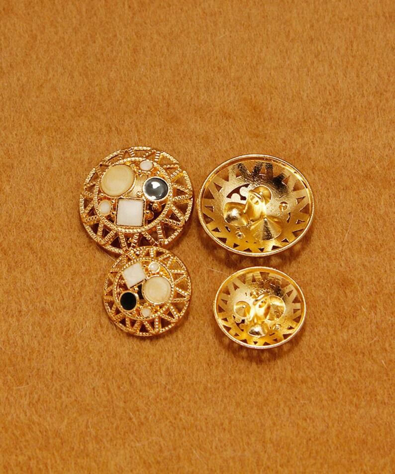 Five Pieces Golden Metal Artificial Stone Buttons for Woman Suits Skirts Lady Girl Dress Shirt Fur Coat Mink Coat Shiny Decorative Buttons