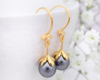 Dark grey pearl earrings, Delicate earrings, Black vintage pearl earrings, Drop Bridesmaid earrings, Gold earrings Sterling Silver earrings