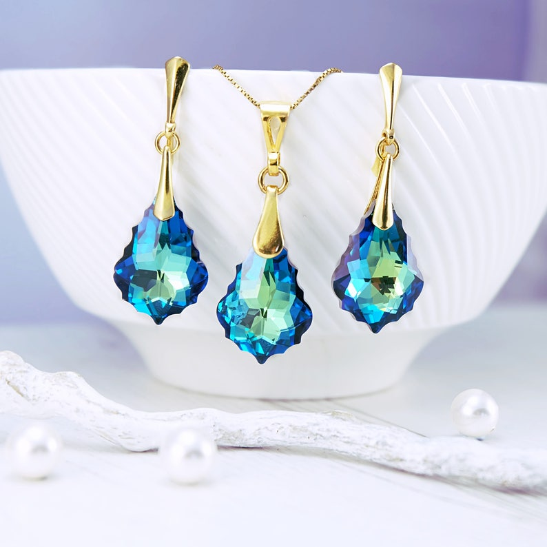 35aecbdfd Bermuda blue wedding earrings necklace set Swarovski crystal   Etsy