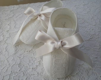 PT104 0-6 Months Crochet Baby Boy Christening Shoes Baby