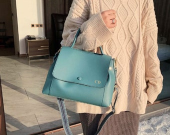 Personalised Vegan Leather Bag / Green Handbag /  Green Bag /  Vegan Leather Bag / Vegan Leather Handbag / Leather Messenger
