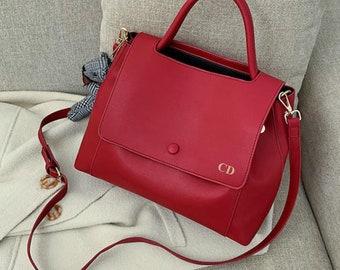 Personalised Vegan Leather Bag / Red Handbag /  Red Bag /  Vegan Leather Bag / Vegan Leather Handbag / Leather Messenger