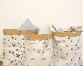 Nuages de sac de papier. Sacs en papier pour stocker les jouets. Sacs de nuages pour stocker des choses. Décoration enfants. Sacs pour animaux en peluche.