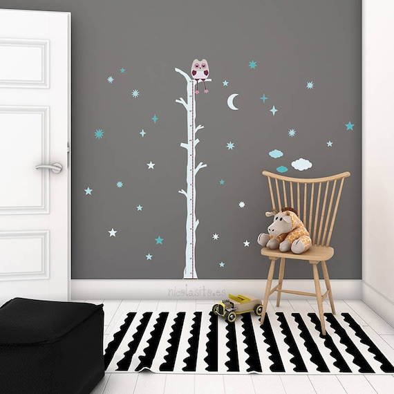 Medidor infantil de pared color gris