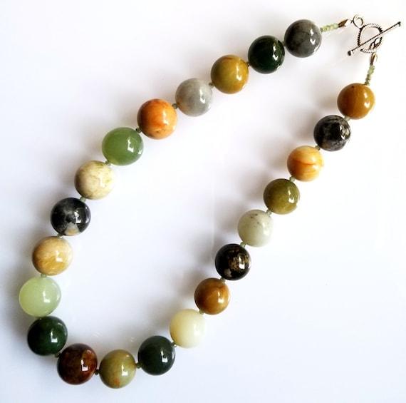 Jade Necklace, Antique New Jade Necklace, Green Necklace, Chunky Necklace, Statement Necklace