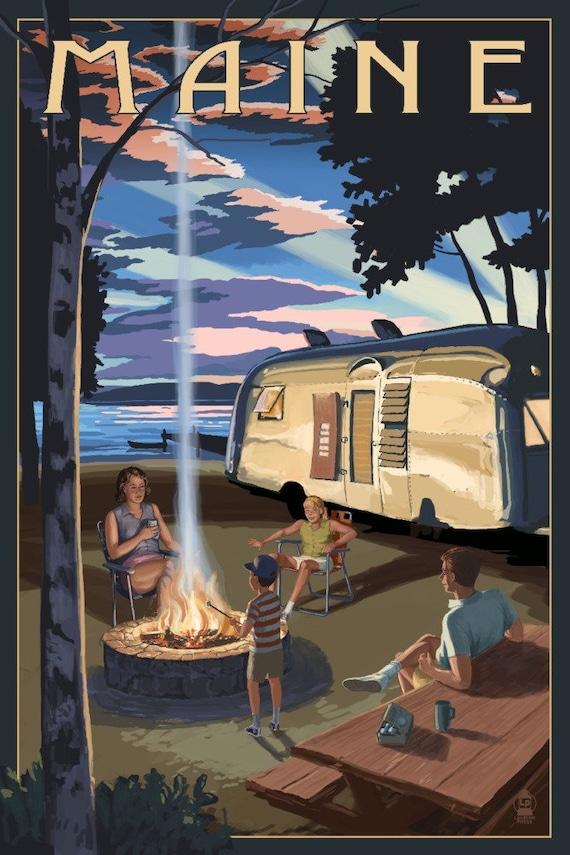Maine - Retro Camper and Lake (Art Prints, Wood & Metal Signs, Canvas, Tote Bag, Towel)