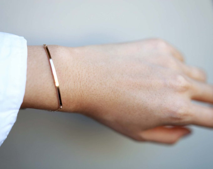 Skinny Bar Bracelet // Simple everyday bracelets in gold filled and sterling silver // Modern jewelry // Perfect gifts for her