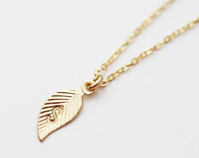 Leaf Necklace // Personalized Tiny Leaf Charm necklaces / Initial necklace / Family tree Necklace /14K gold filled, Sterling silver