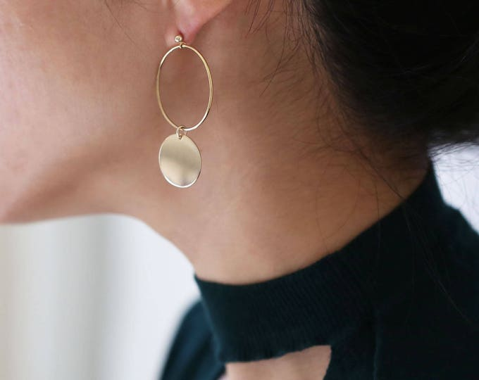 Statement Earrings // Gold two circles hoop dangle drop earrings // earrings for women