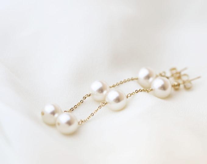 3 Pearl Drop Earring // Pearl  Dangle Earring // Bridal earrings // Long chain earrings // June's birthstone: pearl