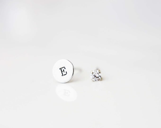 Initial Earring with Cubic Stud// Round simple studs and cubic zirconia  // Personalized Stud Earrings  // custom // Perfect Gift for Her