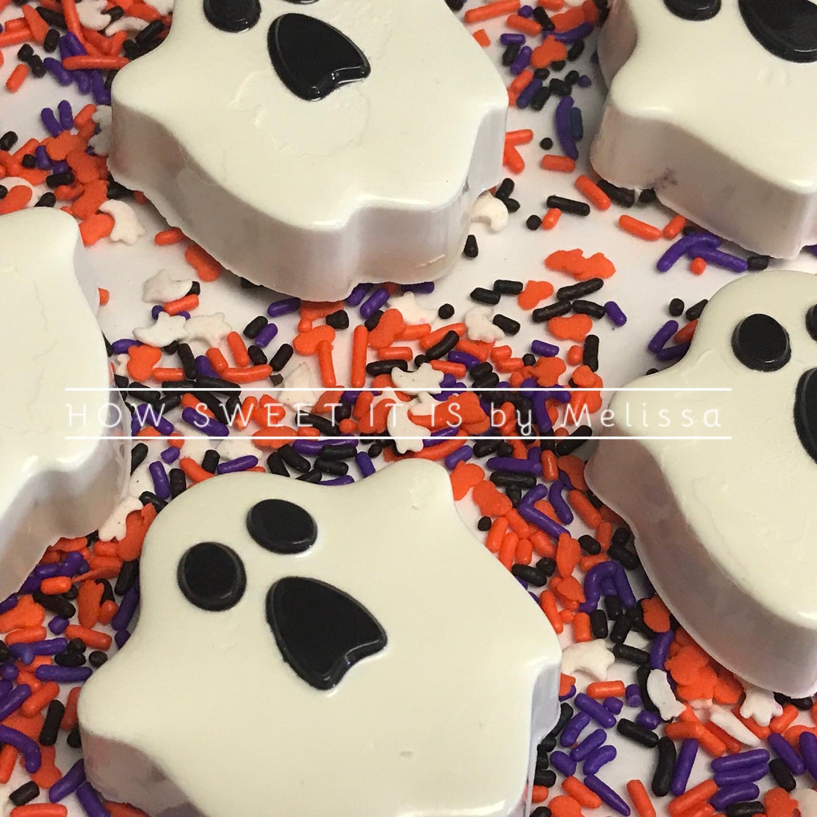 Ghost Oreo Cookies