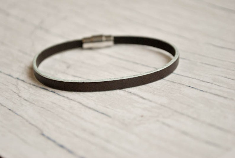 Light Purple lilac wrap Simple leather unisex bracelet minimalist leather bracelet pulsera cuero unisex simple leather wristband