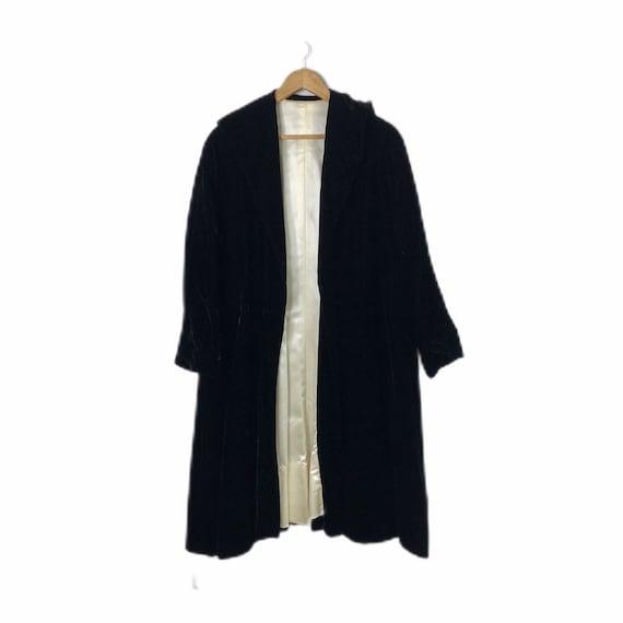 Vintage 40's Black Velvet Silk Opera Swing Coat, L