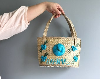 Vintage Woven Straw Tourist Bag Bahamas Raffia Bag with Flowers